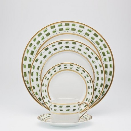 Assiette de présentation D 30 cm Royal Limoges collection La Bocca Vert