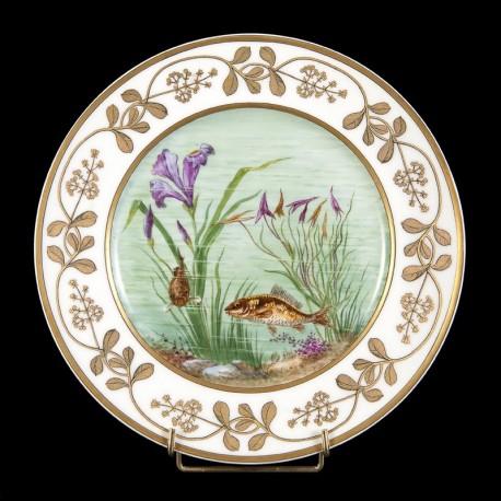 Assiette poissons style Sèvres porcelaine XXème