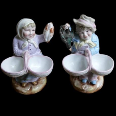 Porcelain salt couple of poulterers XXth century