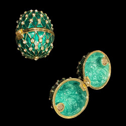 Boite oeuf style Fabergé vert