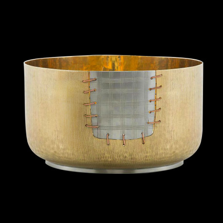"""Large cup in gilded brass """"Aichi"""""""