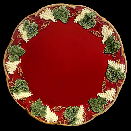 "Majolica red table plate ""Georges Sand"""